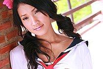 Pretty Memi Paweena Stripping Seifuku Uniform And Drops Panties